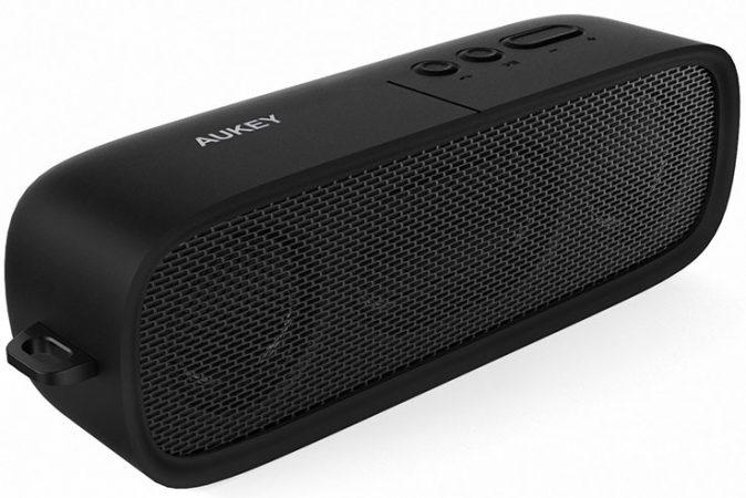 Aukey SK-M7: altoparlante wireless da viaggio 1