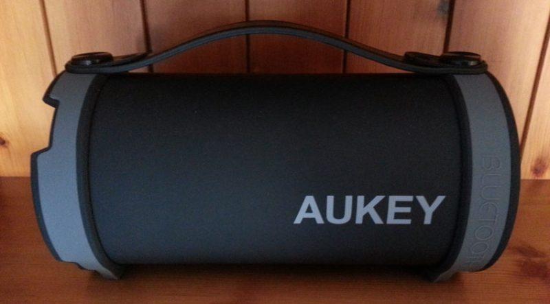 Aukey SK-M18: vista laterale
