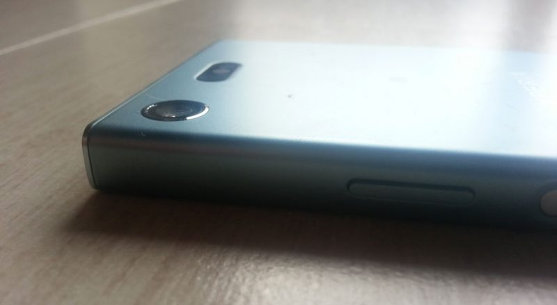 Sony Xperia XZ1 Compact: smartphone leggero e maneggevole 2