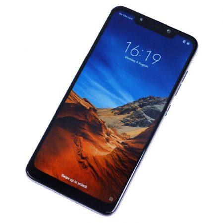Xiaomi Pocophone F1 Fronte