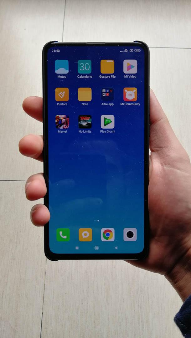 Xiaomi Mi 9T: fotocamera popup e sensore di impronte sotto il display | Recensione 10